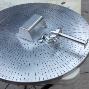 false bottom-0