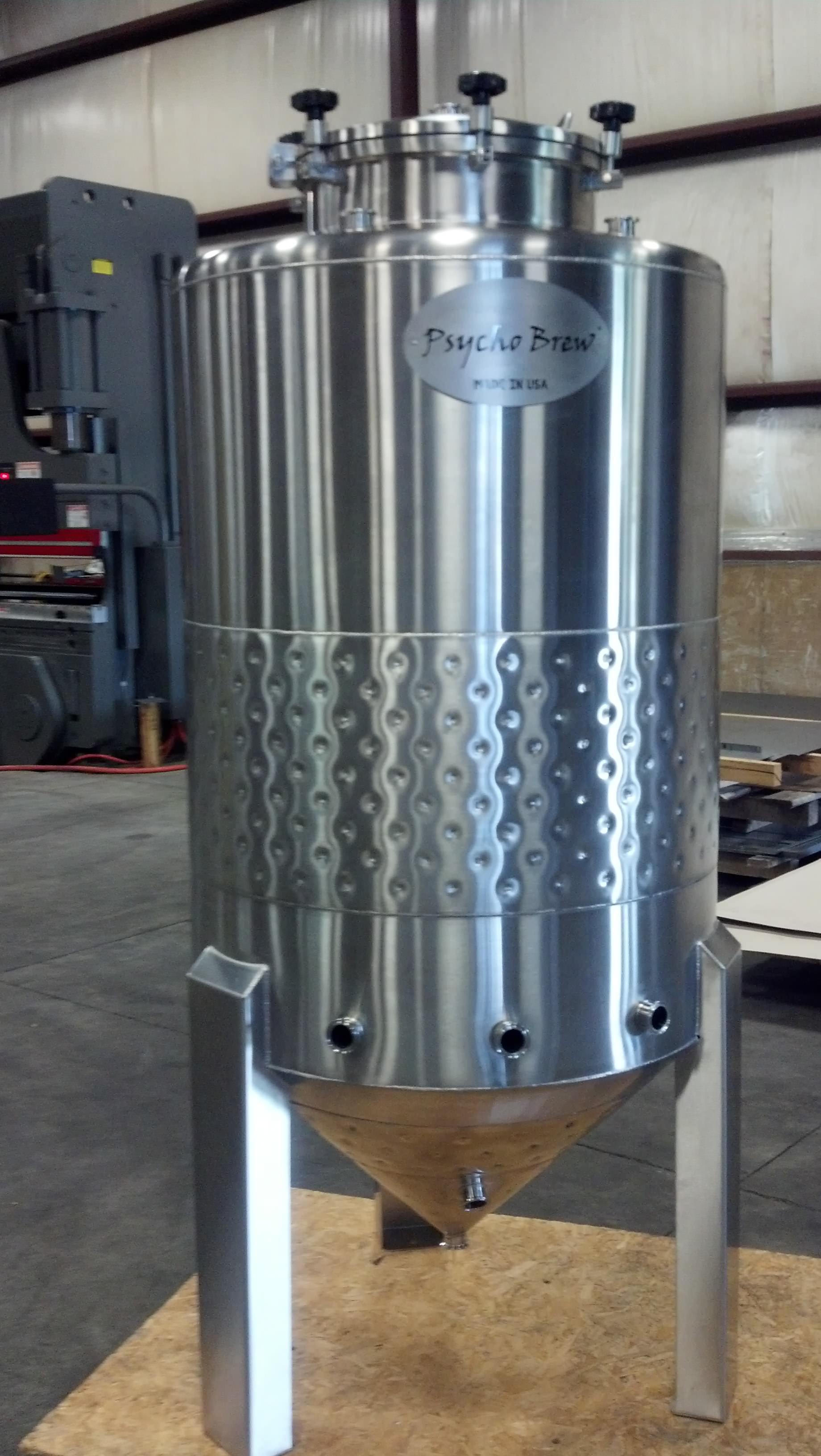 4 bbl Conical jacketed fermenter-0